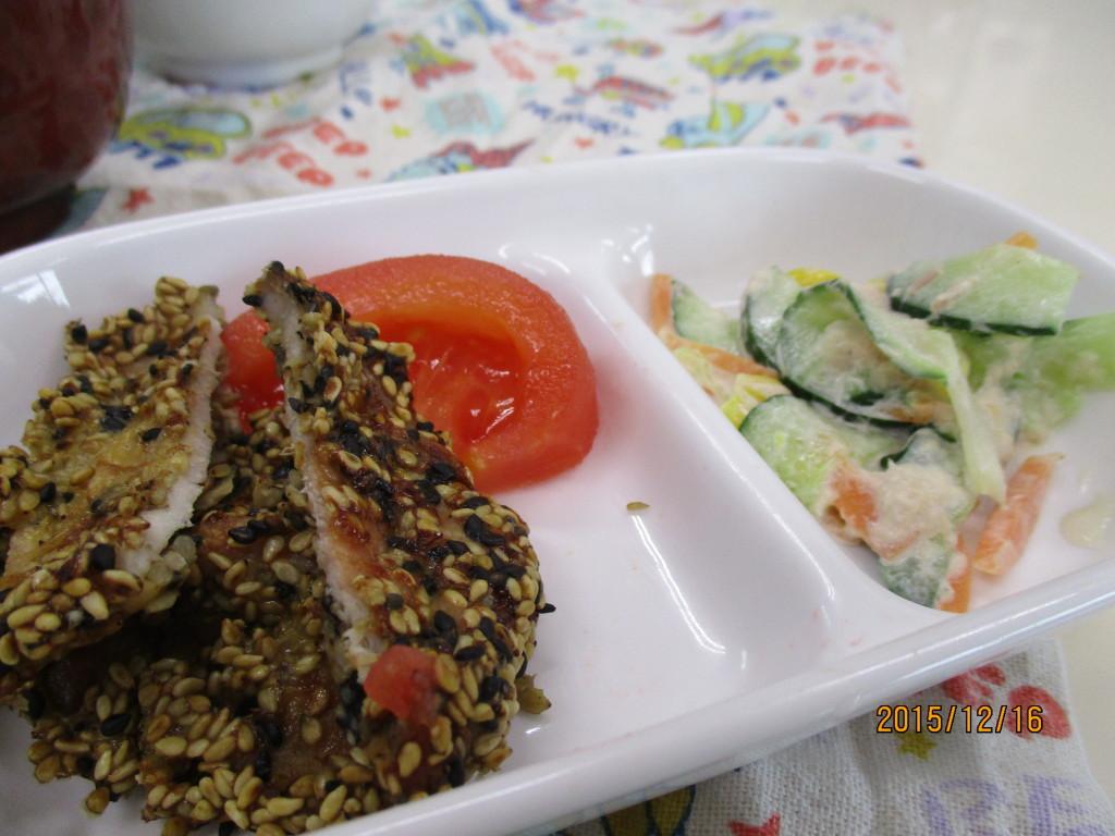 豚肉のゴマ焼き&ツナサラダ