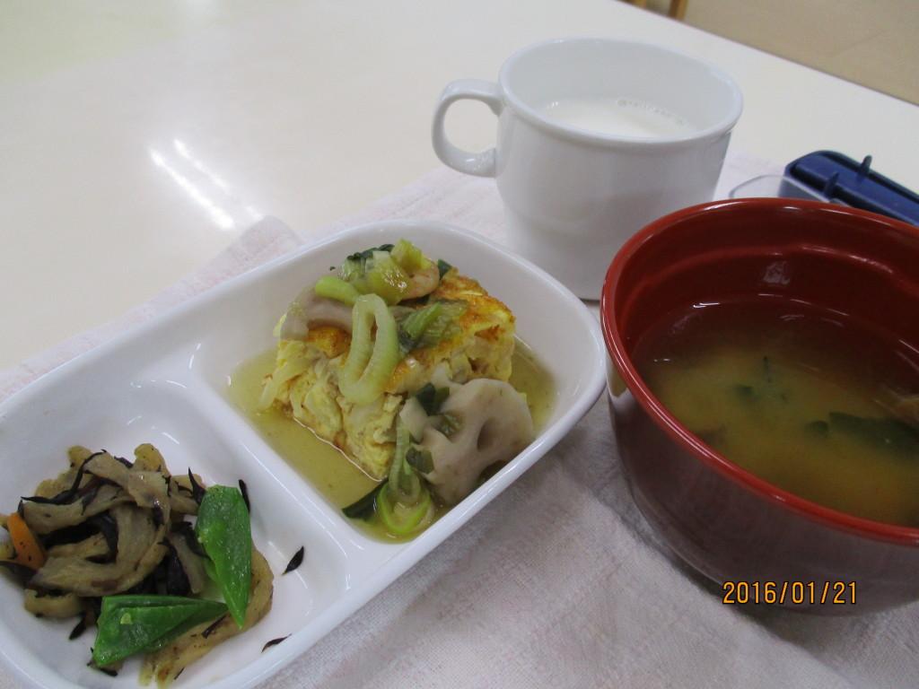 卵焼きの冬野菜あんかけ&切干大根とひじきの炒め煮