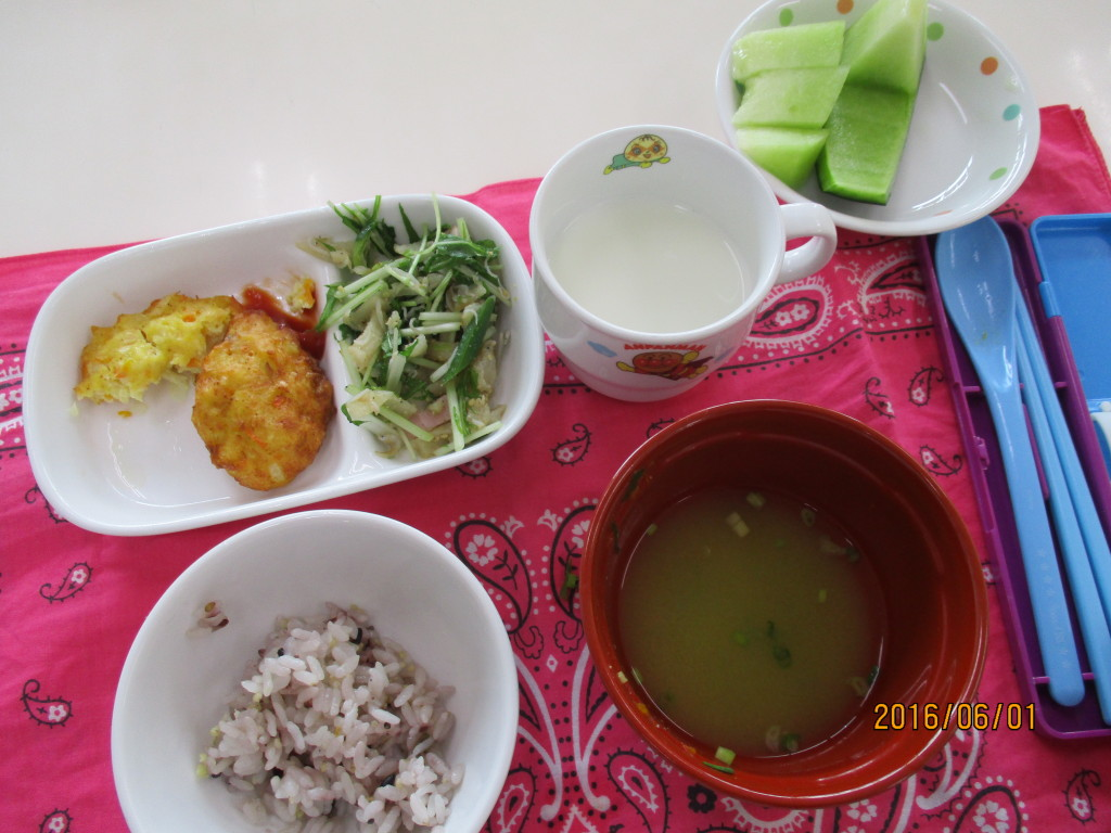 雑穀ごはん&豆腐ナゲット・切干大根のナムル